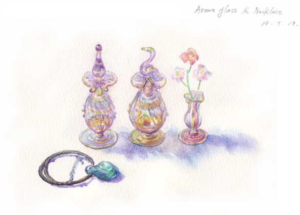 Aroma_oil_glass_and_necklace