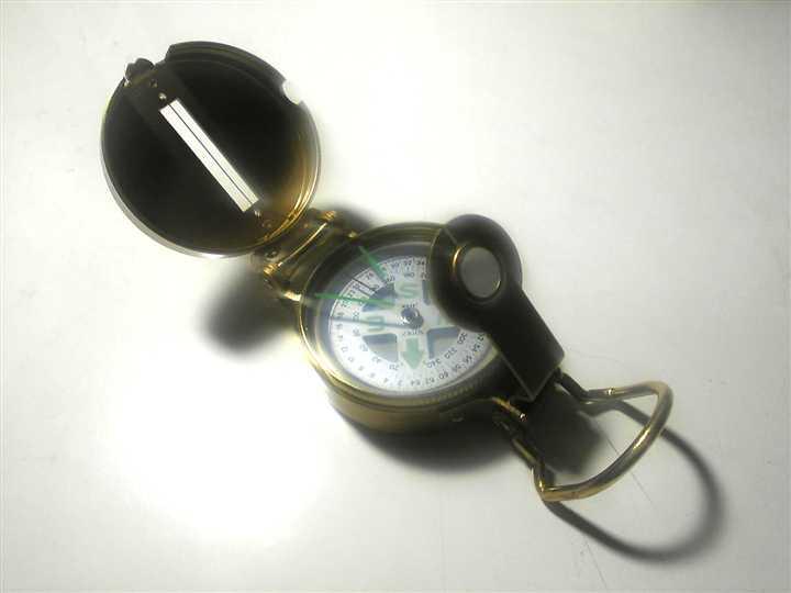Lensatic_compass